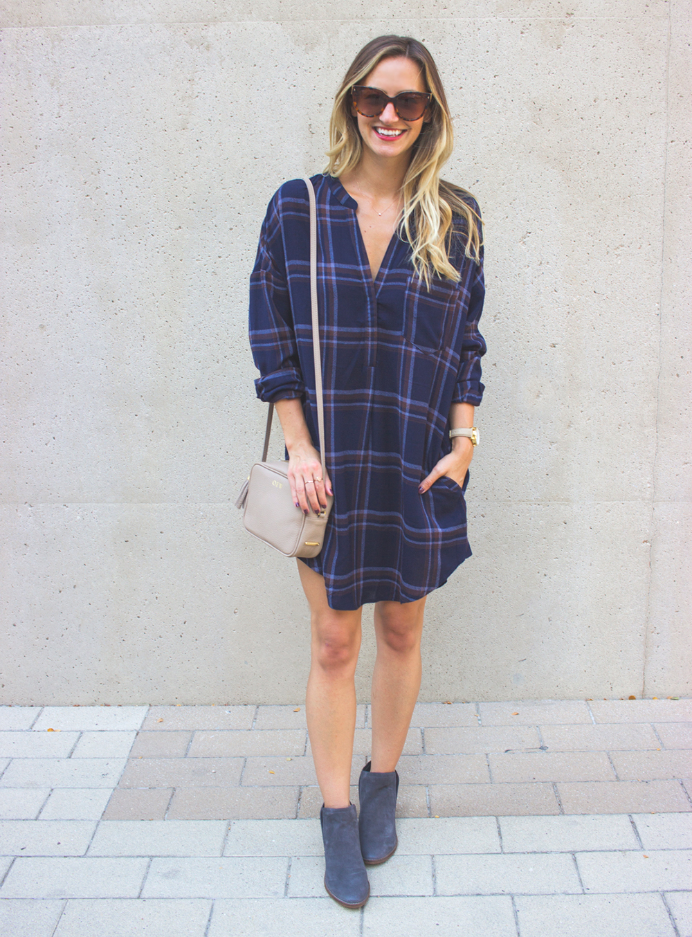 livvyland-blog-olivia-watson-plaid-flannel-shirt-shift-dress-dolce-vita-tesse-blue-suede-ankle-booties-navy-10