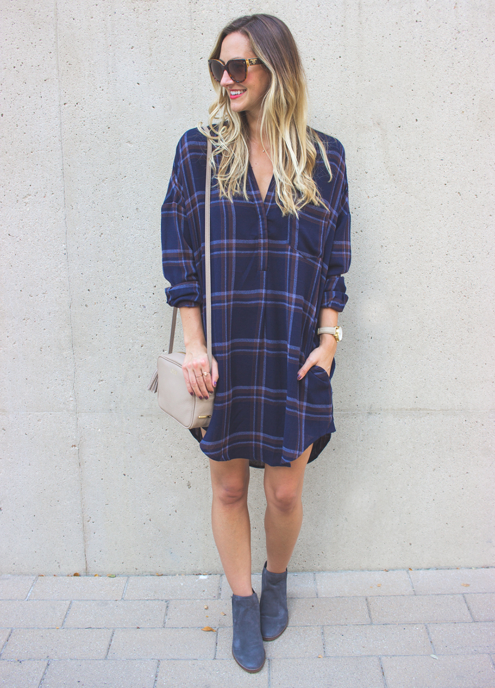 livvyland-blog-olivia-watson-plaid-flannel-shirt-shift-dress-dolce-vita-tesse-blue-suede-ankle-booties-navy-4