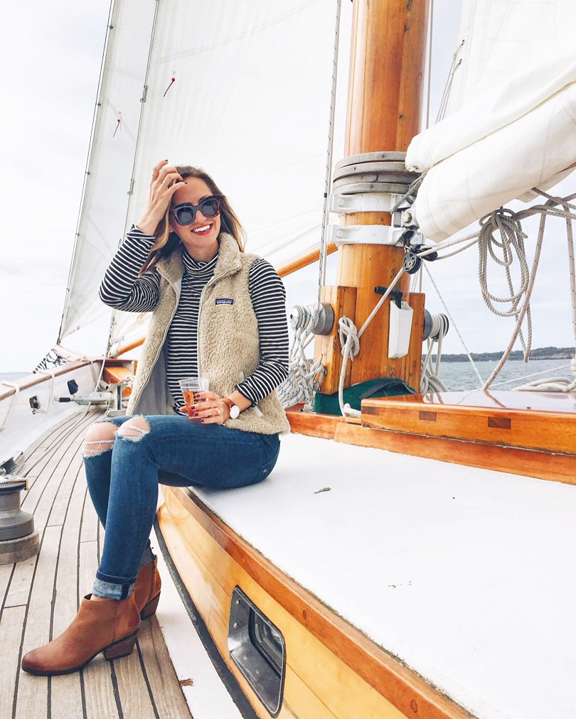 livvyland-blog-olivia-watson-travel-fashion-blogger-newport-rhode-island-harbor-sailing-tour-new-england-sailing-outfit-1