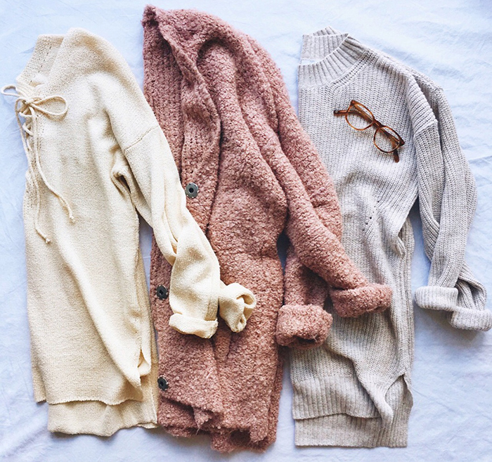 livvyland-blog-olivia-watson-austin-texas-fashion-blogger-fall-outfit-style-best-cozy-knit-oversize-sweaters