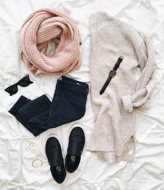 livvyland-blog-olivia-watson-austin-texas-fashion-blogger-fall-outfit-style-cozy-winter-layers-outfit-idea
