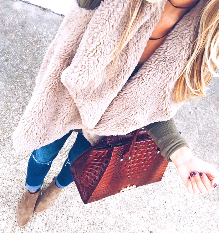 livvyland-blog-olivia-watson-austin-texas-fashion-blogger-fall-outfit-style-furry-vest-olive-green-thermal-top