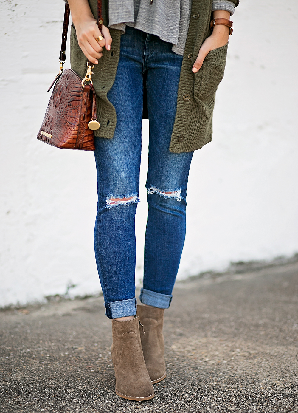 livvyland-blog-olivia-watson-peplum-thermal-tee-shirt-olive-cardigan-boho-outfit-casual-taupe-ankle-booties-fall-outfit-idea-celine-baby-marta-sunglasses-3
