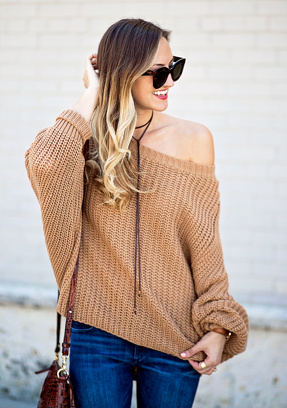 livvyland-blog-olivia-watson-slouchy-oversize-knit-sweater-minnetonka-el-paso-ii-moccasin-boho-outfit-6