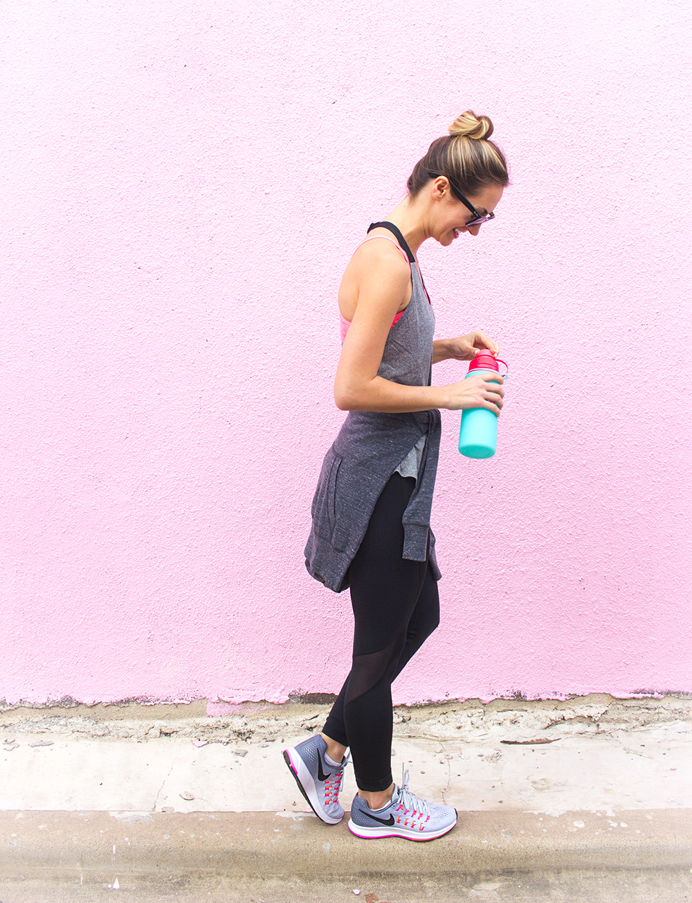 livvyland-blog-olivia-watson-jack-rabbit-nyc-workout-nike-outfit-neon-pegasis-running-shoes-fitness-outfit-inspiration-4