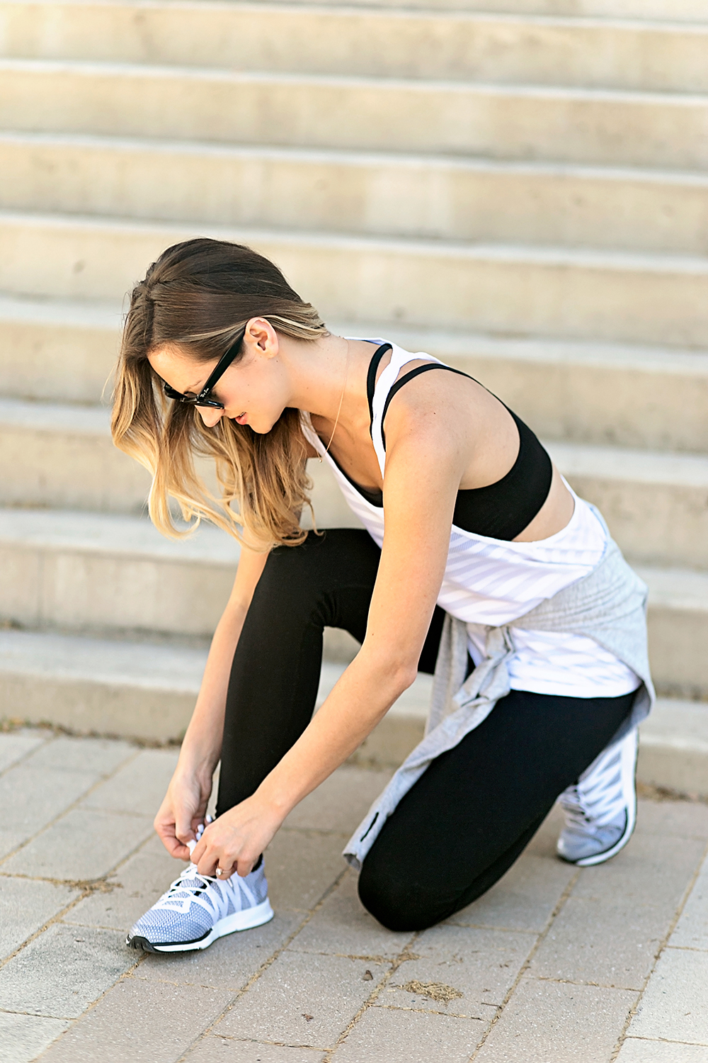 livvyland-blog-olivia-watson-under-armour-running-shoes-finish-line-cute-workout-outfit-8