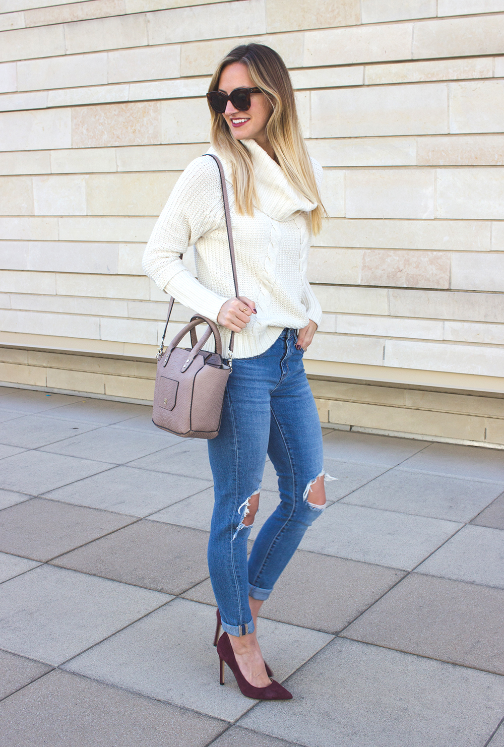 livvyland-blog-olivia-watson-white-cable-knit-sweater-burgundy-suede-pumps-carra-3