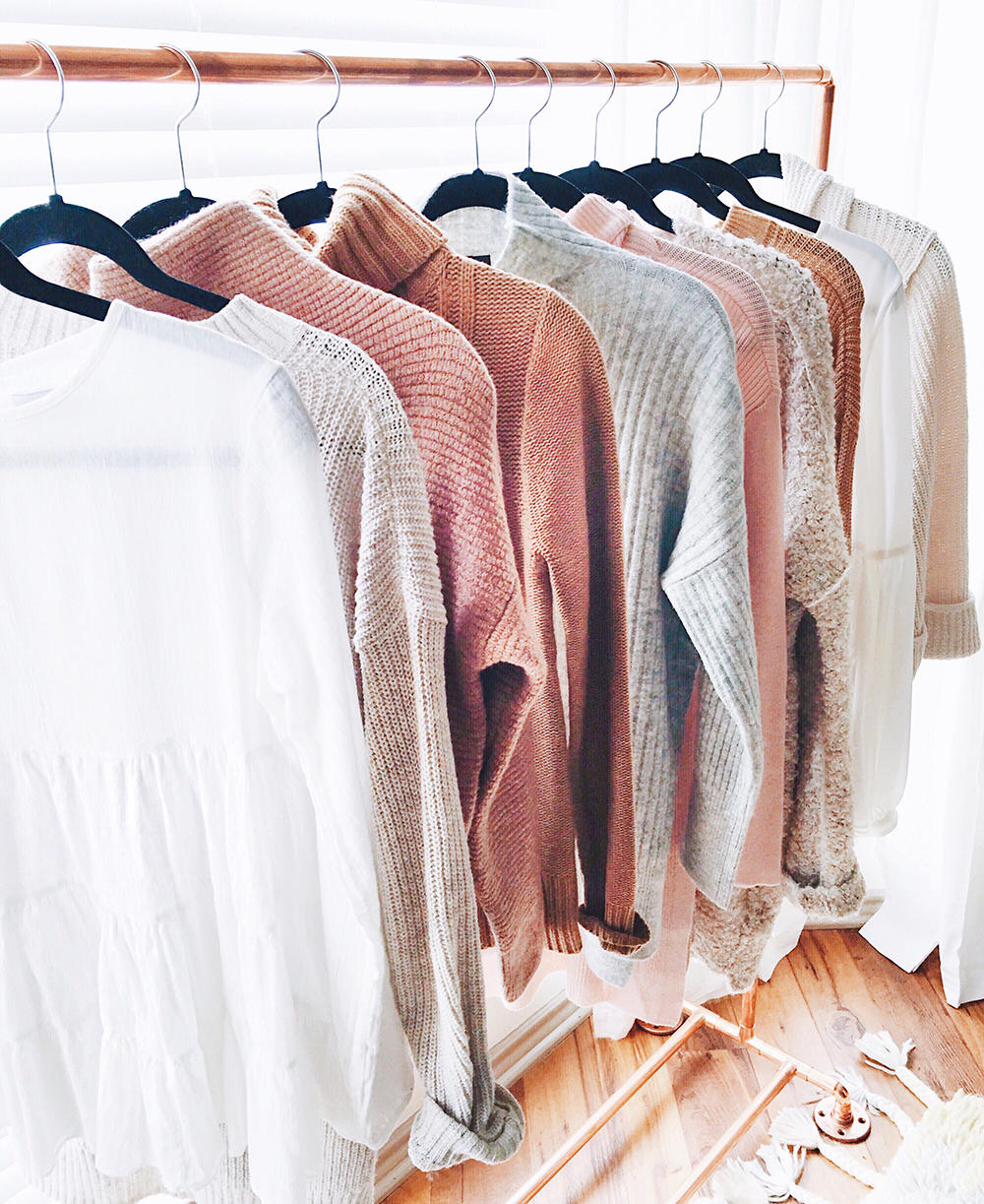 livvyland-blog-home-office-blush-grey-copper-clothing-rack