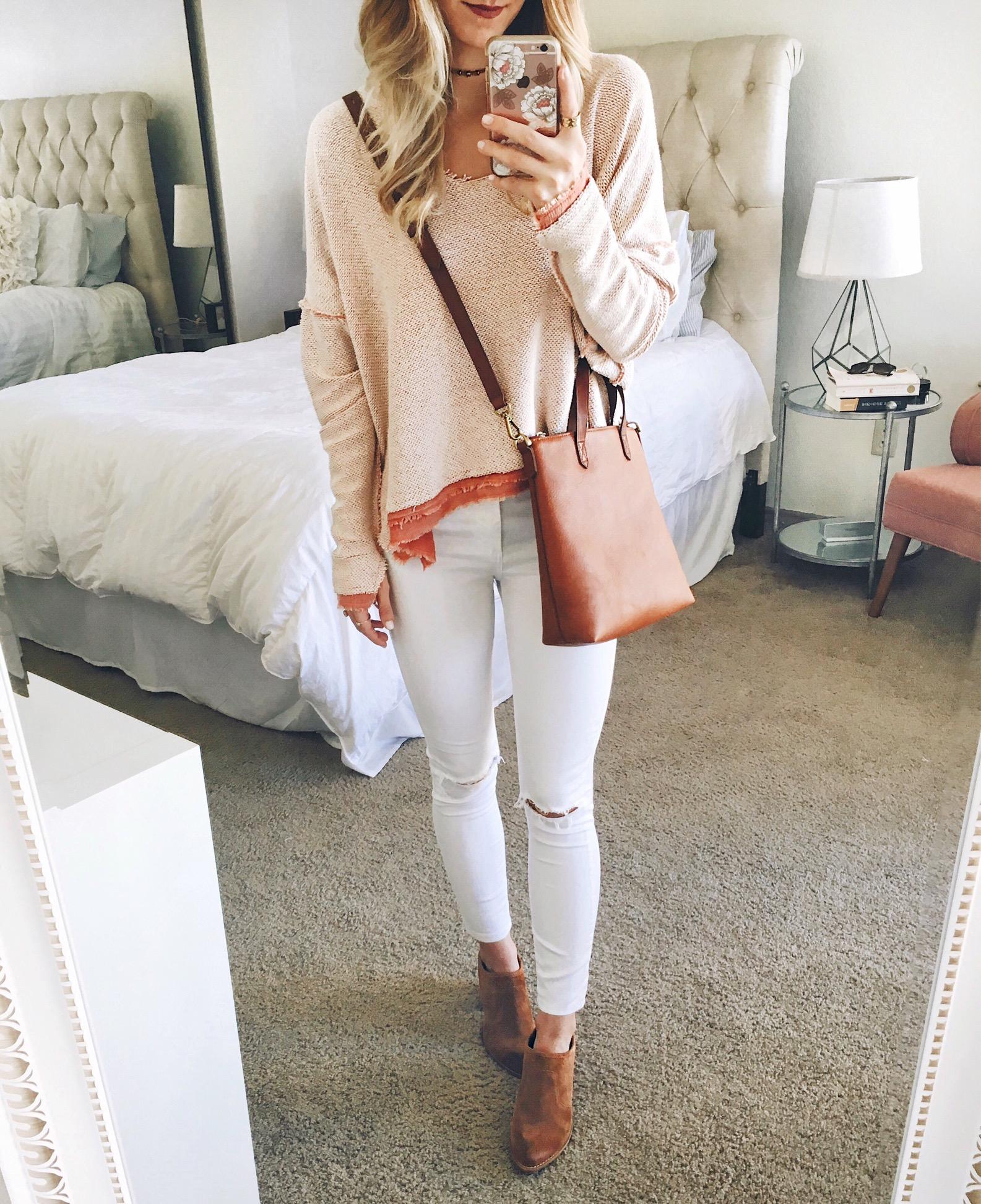 livvyland-blog-olivia-watson-cozy-boho-outfit-oversize-slouchy-sweater-1