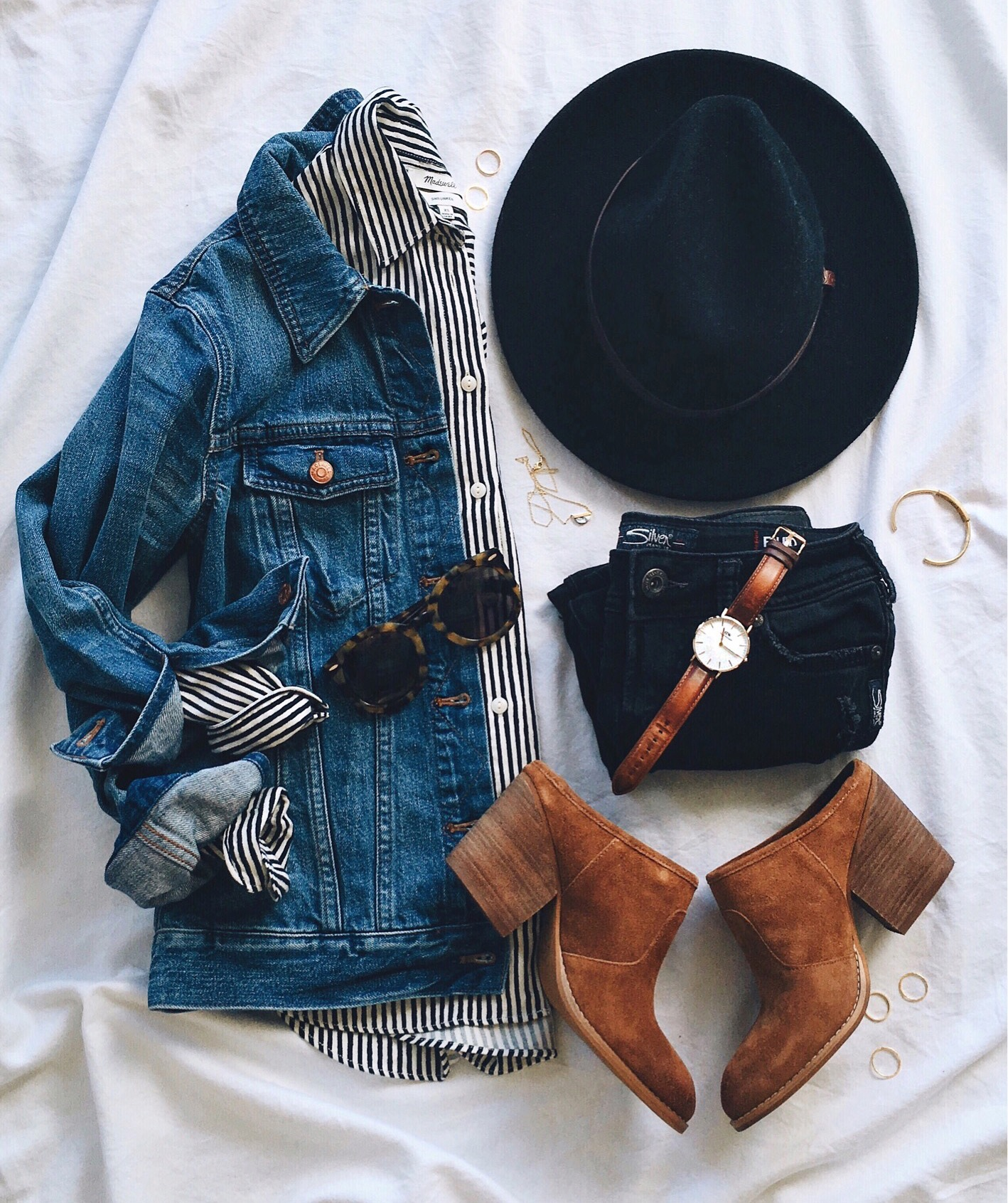 livvyland-blog-olivia-watson-cozy-boho-outfit-striped-top-denim-jacket-mule-shoes