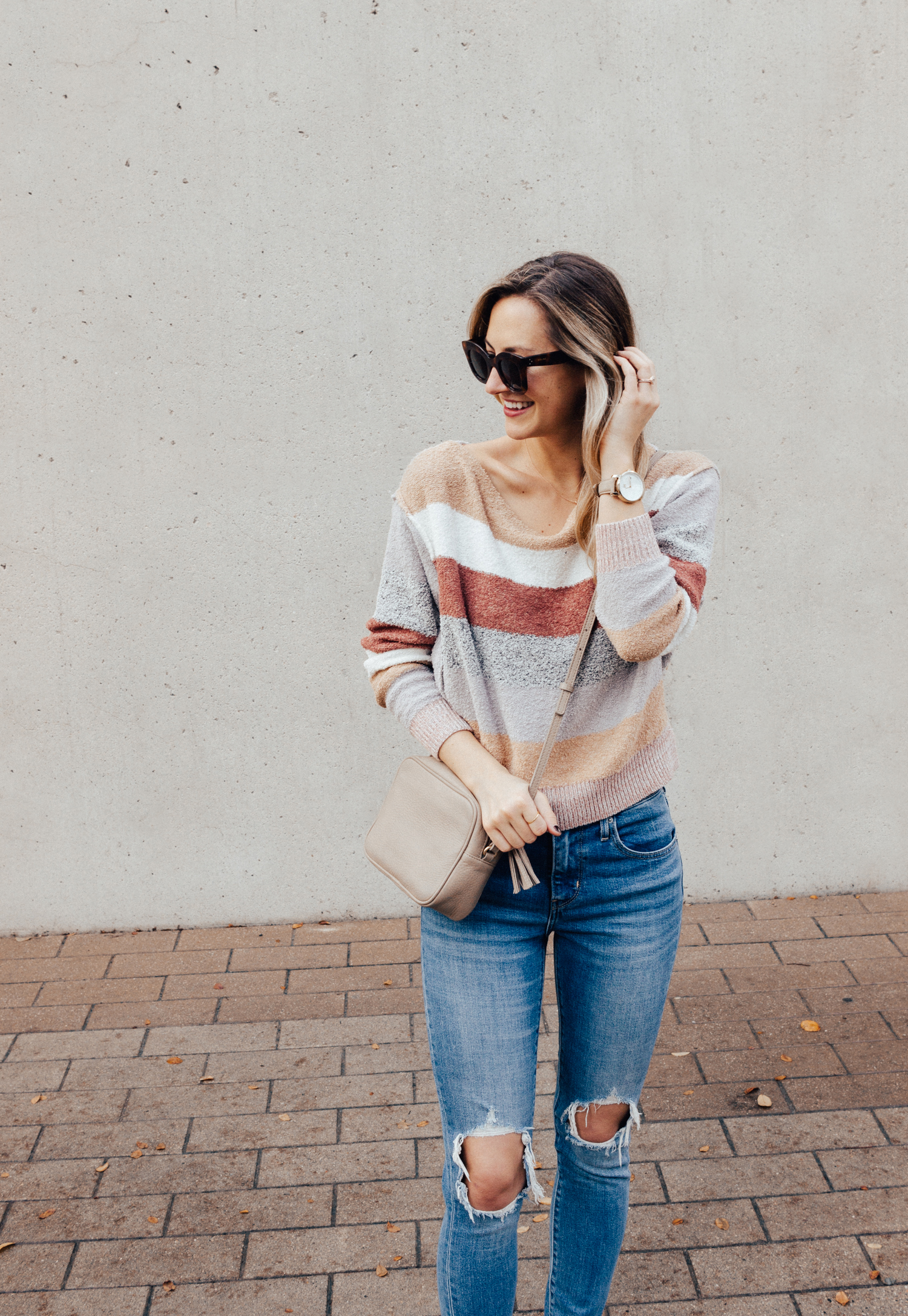livvyland-blog-olivia-watson-free-people-blush-beige-tan-sweater-tassel-slides-cozy-layers-5