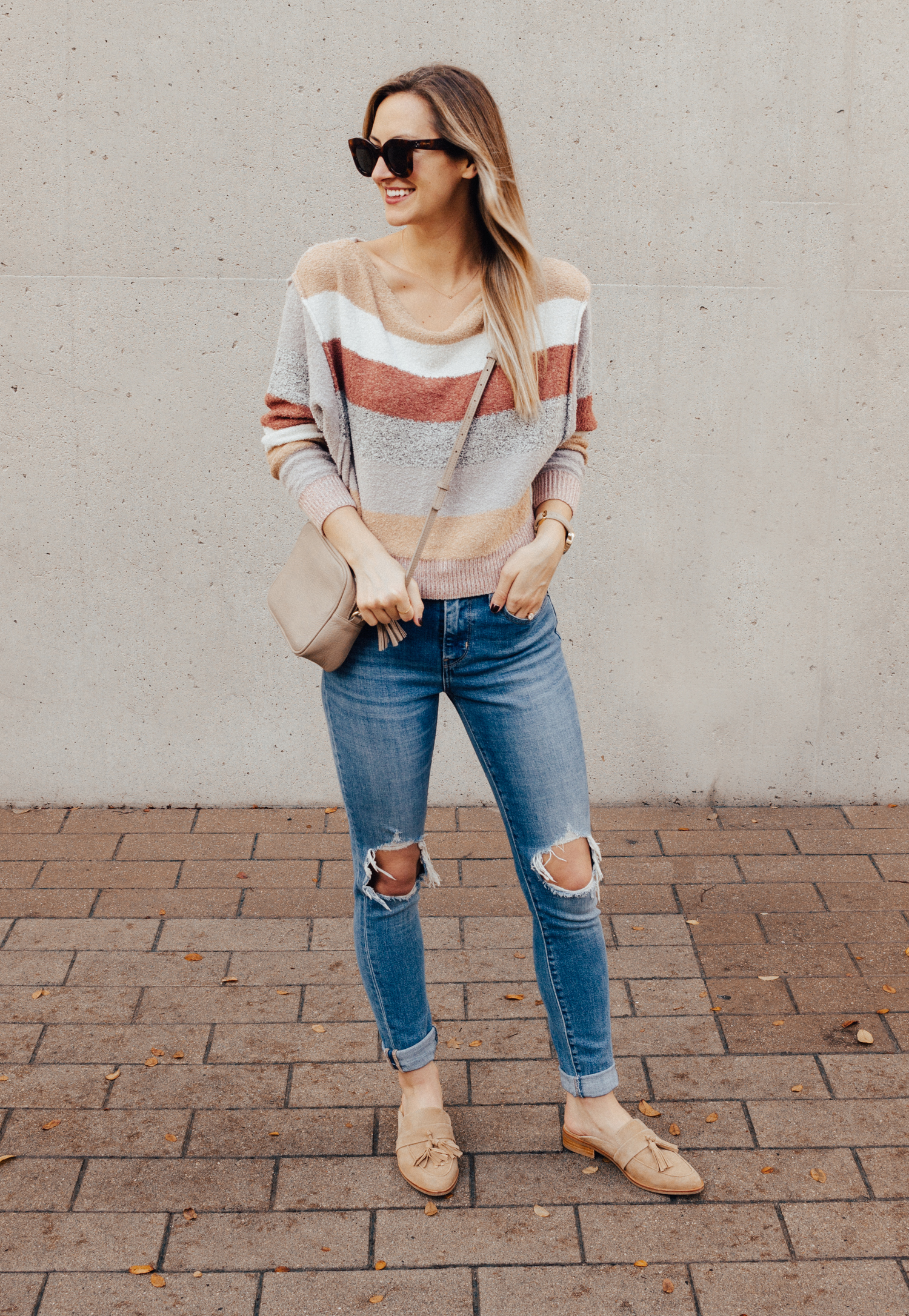 livvyland-blog-olivia-watson-free-people-blush-beige-tan-sweater-tassel-slides-cozy-layers-6