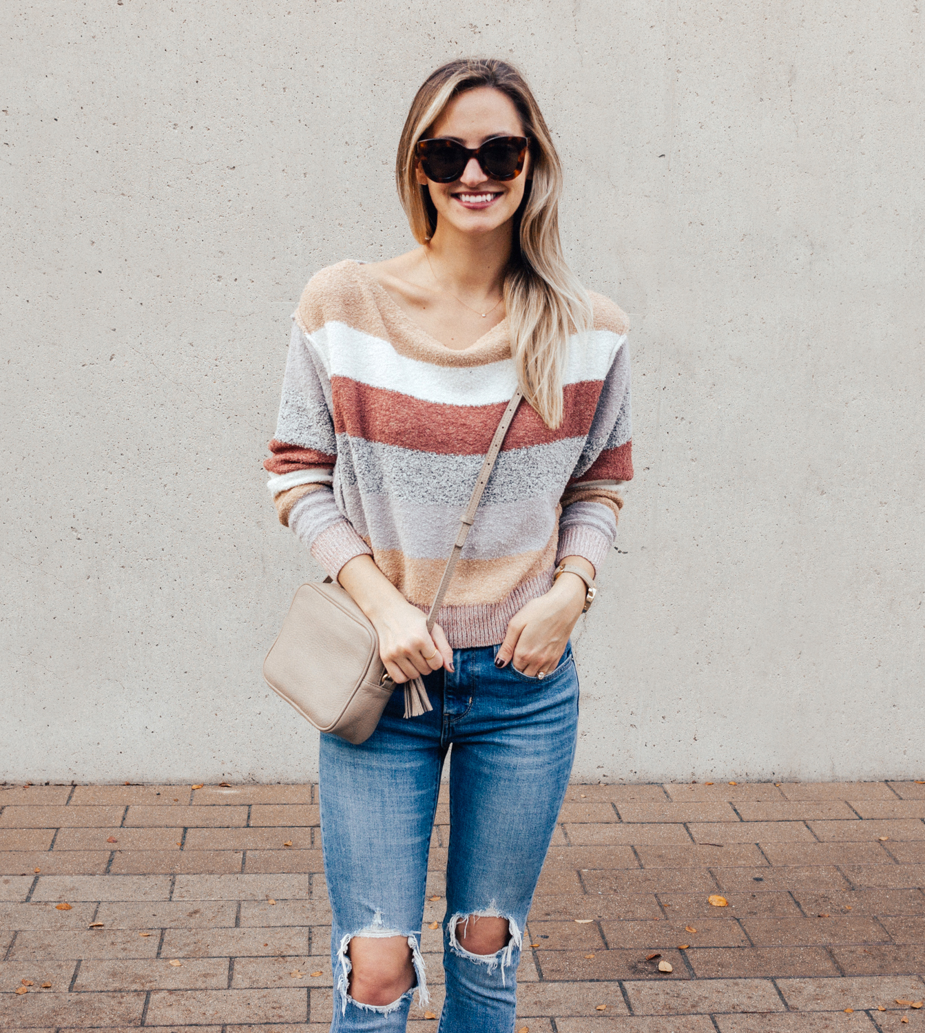 livvyland-blog-olivia-watson-free-people-blush-beige-tan-sweater-tassel-slides-cozy-layers-9