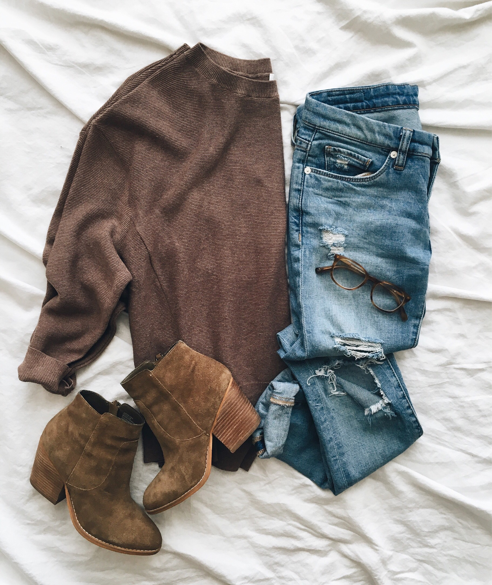 livvyland-blog-olivia-watson-instagram-roundup-austin-texas-cozy-winter-outfit-2