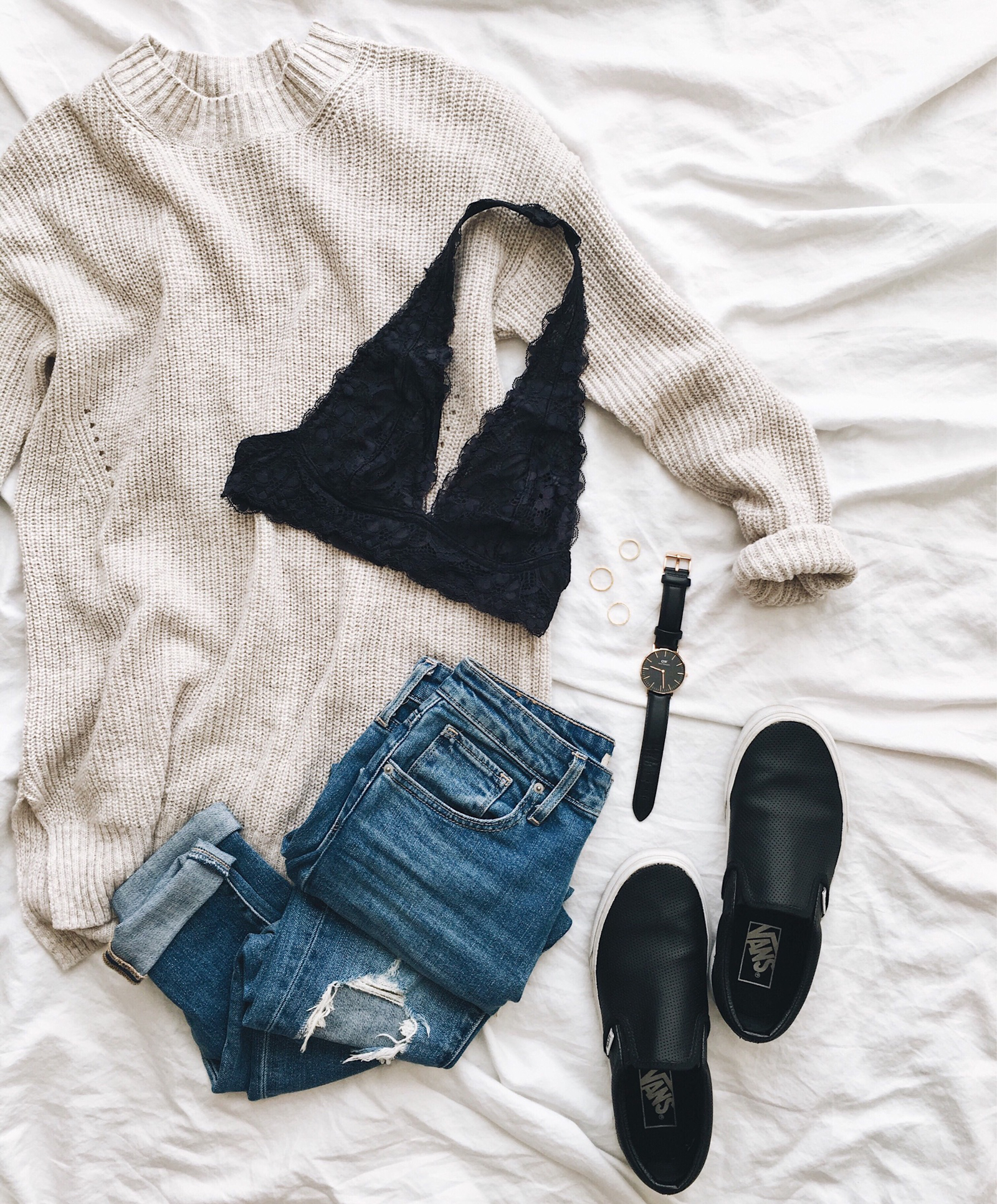 livvyland-blog-olivia-watson-instagram-roundup-austin-texas-cozy-winter-outfit-bra-top-sweater