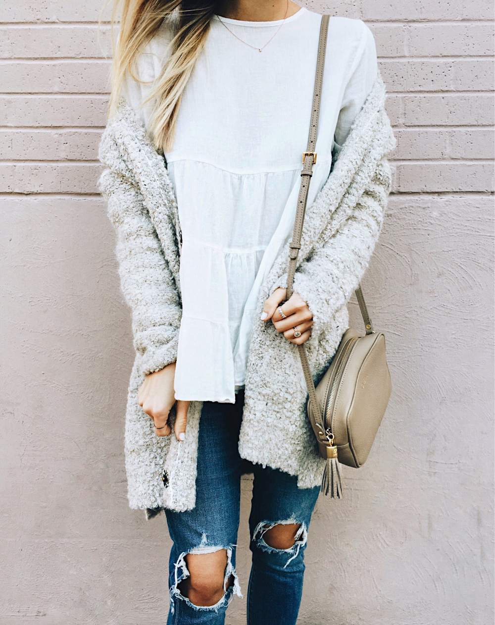livvyland-blog-olivia-watson-instagram-roundup-sincerely-jules-white-tiered-babydoll-top-cozy-cardigan-layers-monochromatic