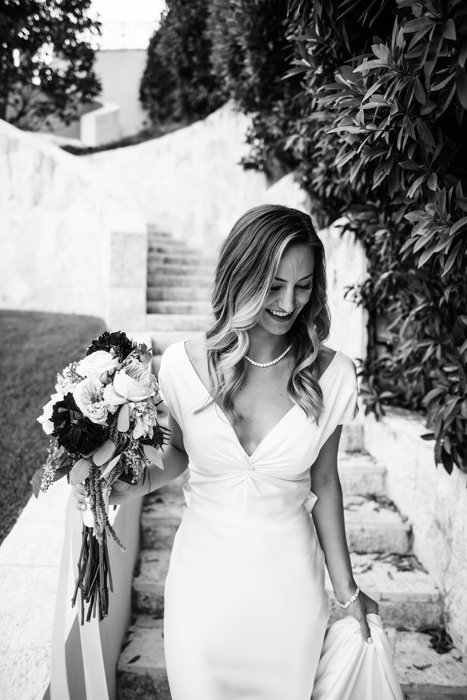 livvyland-blog-olivia-watson-wedding-villa-del-lago-austin-texas-fall-blush-burgundy-classic-romantic-bhldn-cassandra