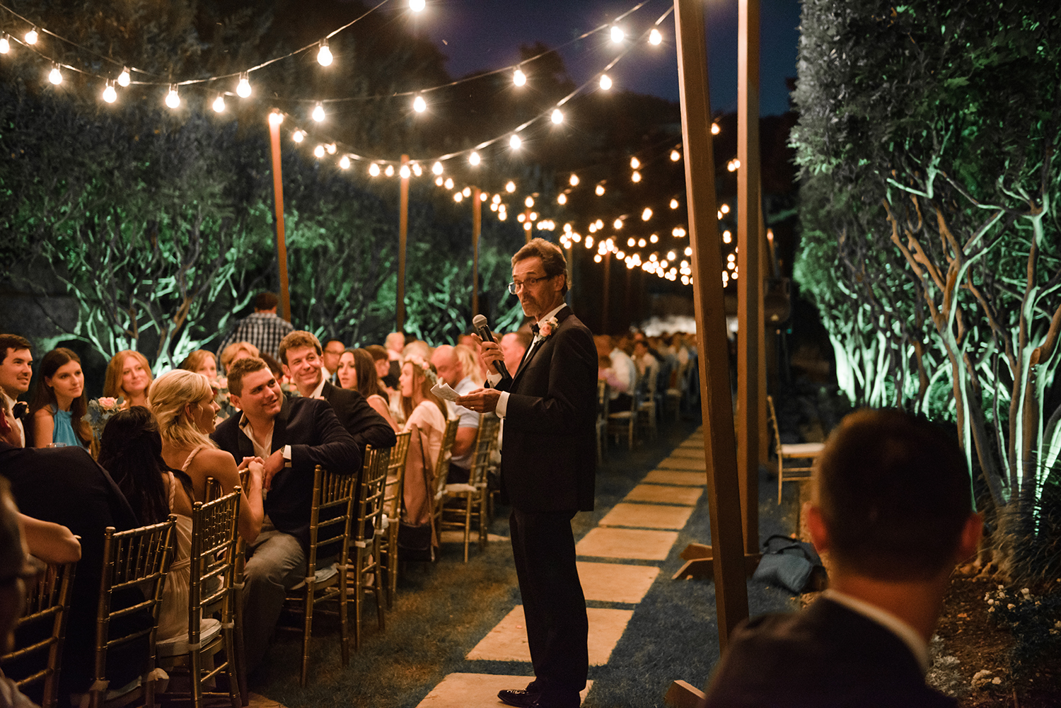 livvyland-blog-olivia-watson-wedding-villa-del-lago-austin-texas-fall-blush-burgundy-classic-romantic-festoon-lighting-father-bride-speech