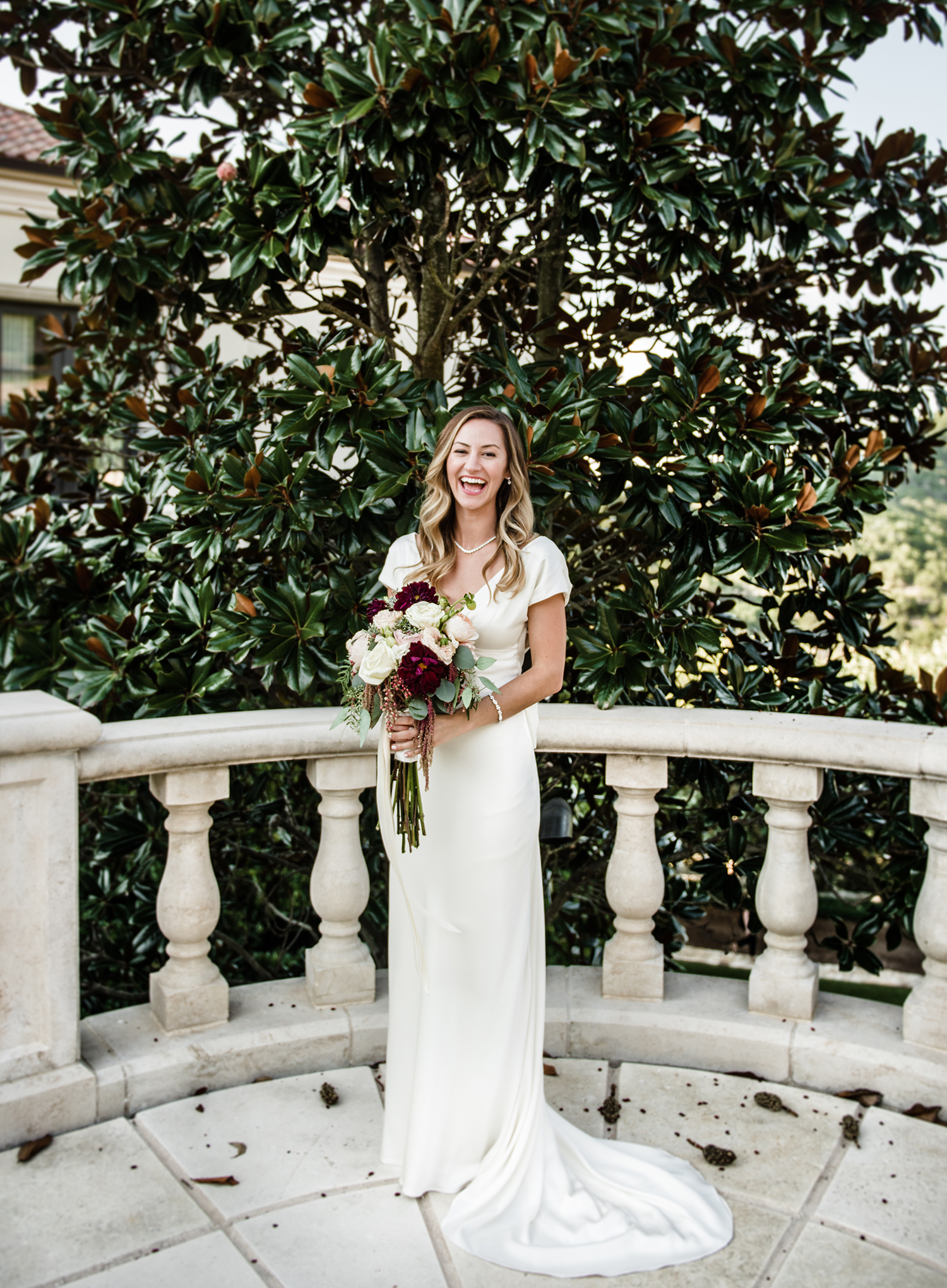 livvyland-blog-olivia-watson-wedding-villa-del-lago-austin-texas-fall-blush-burgundy-classic-romantic-satin-gown-1