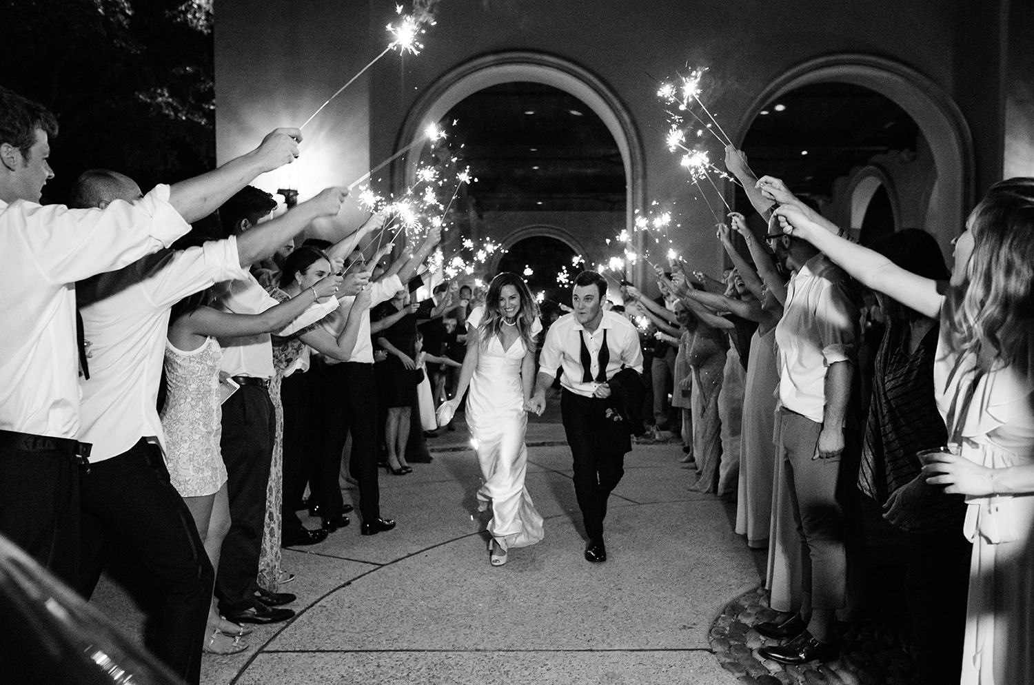 livvyland-blog-olivia-watson-wedding-villa-del-lago-austin-texas-fall-blush-burgundy-classic-romantic-sparkler-tunnel-run-car