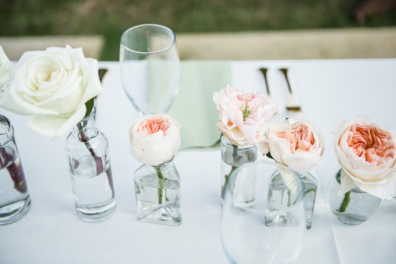 livvyland-blog-olivia-watson-wedding-villa-del-lago-austin-texas-fall-blush-burgundy-classic-romantic-whole-foods-table-florals